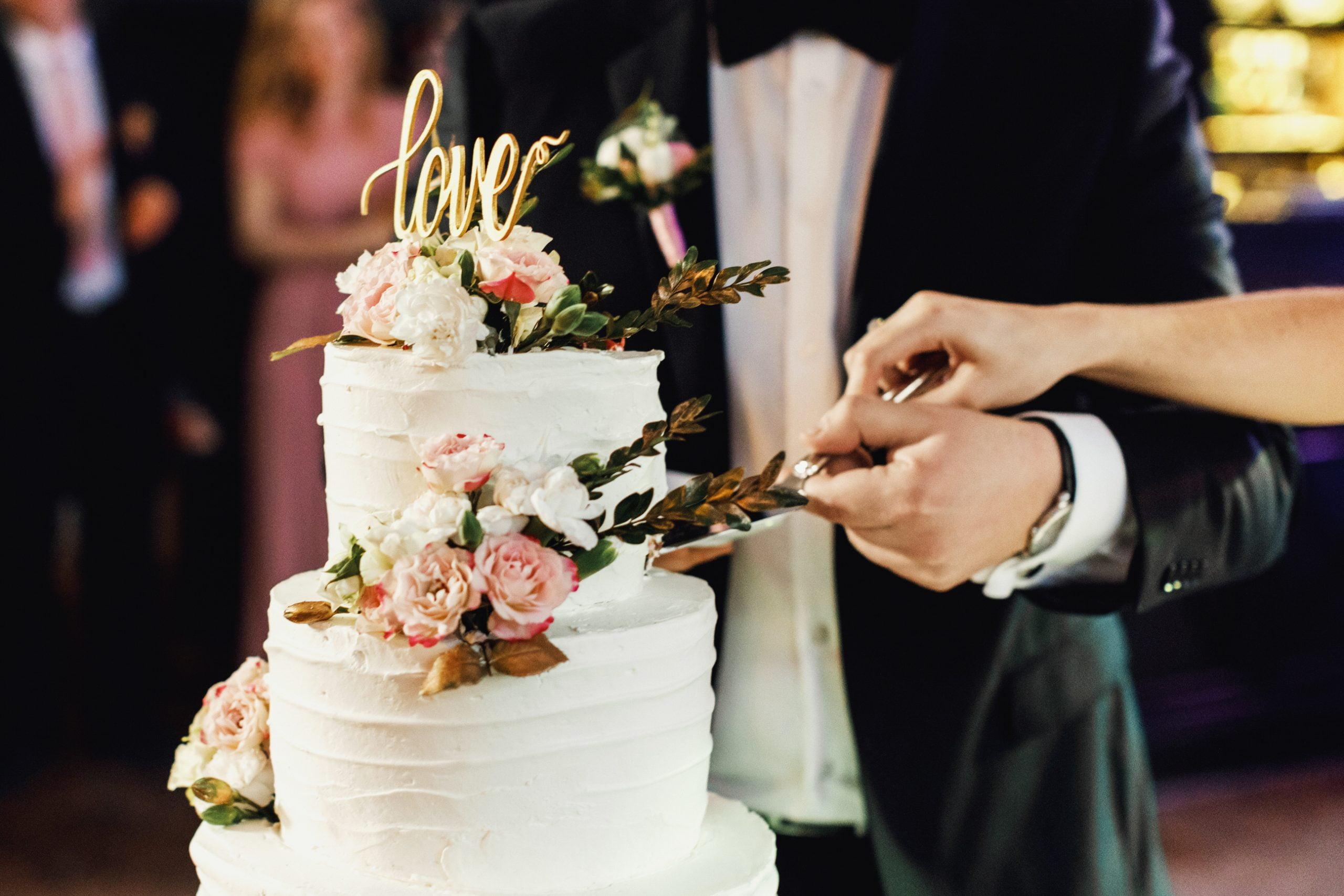 wedding cake, crete, destination wedding
